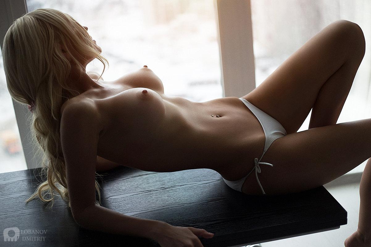 эро фото блондинки