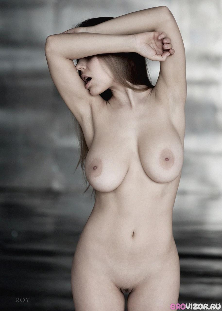 эротика голых девушек на фото