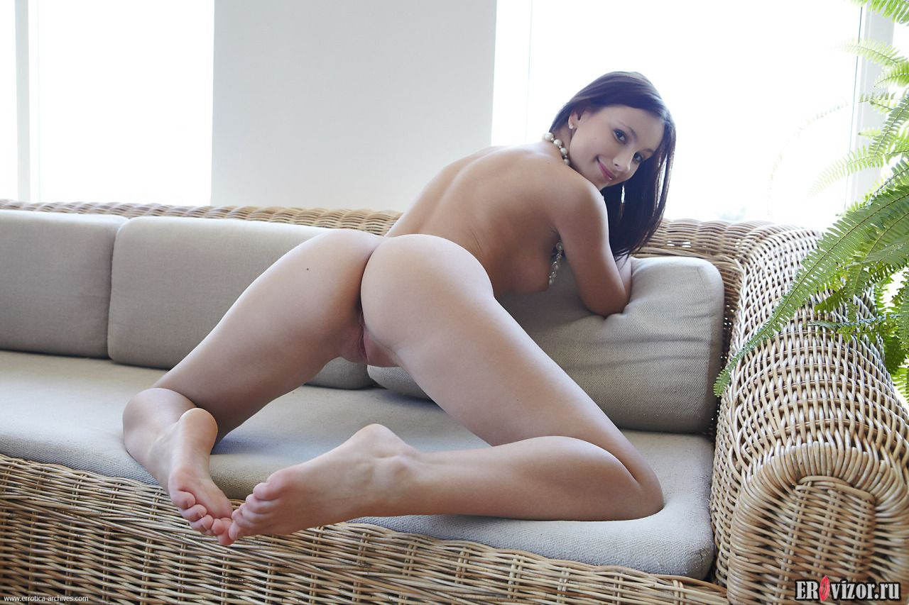 голые попки девушек