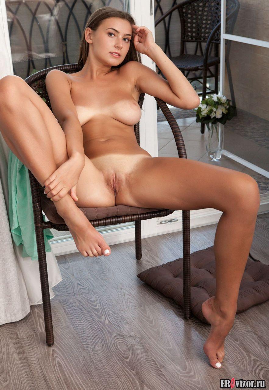 голые фото девушки