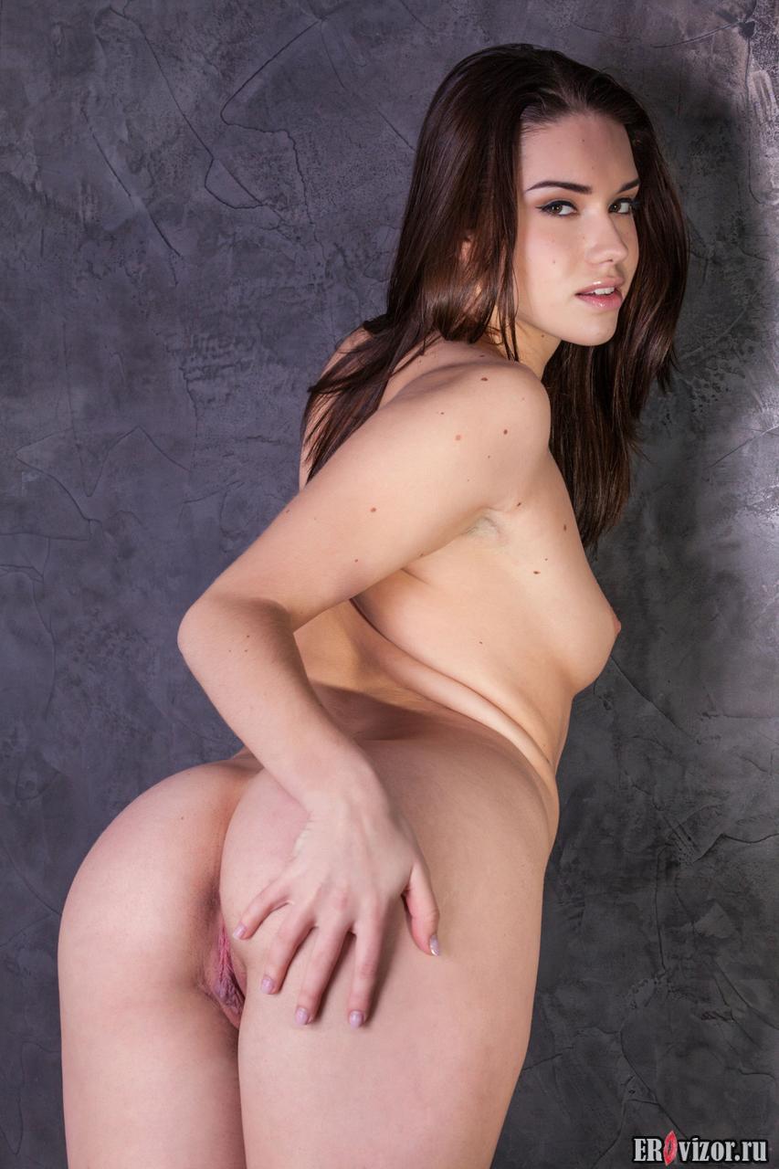 голая студентка