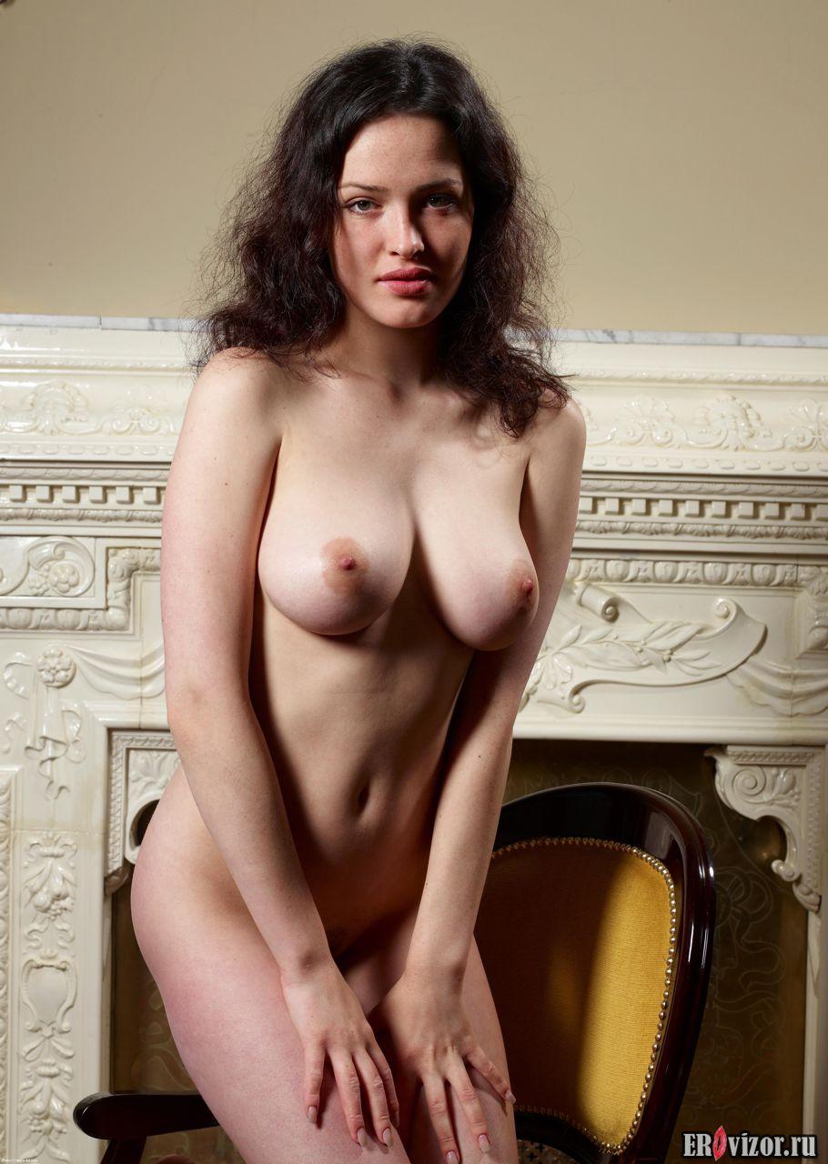 Фото Упругая попа красивой голой модели Playboy 3. Эротическое видео и фото. Голые девушки и эротика бесплатно