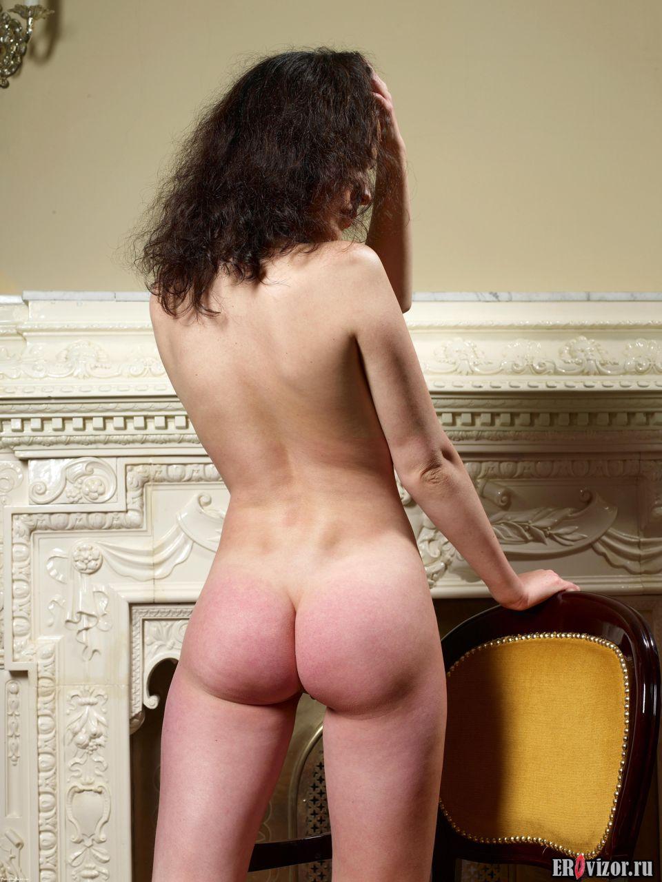 Фото Упругая попа красивой голой модели Playboy 4. Эротическое видео и фото. Голые девушки и эротика бесплатно