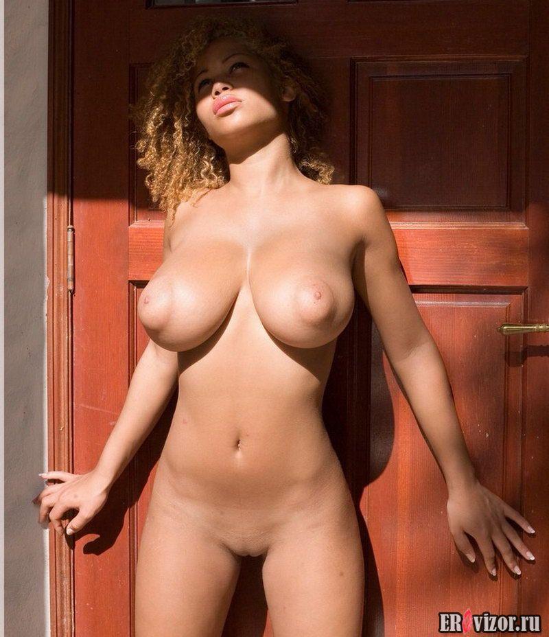 big tits girls (12)