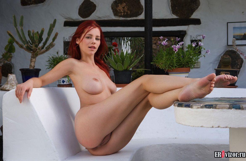эротика с рыжими девушками на фото 13