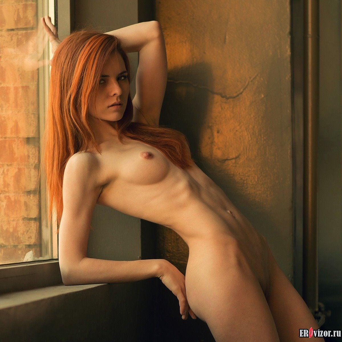 эротика с рыжими девушками на фото 12