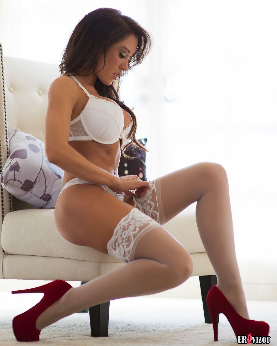 фото 10 эротика девушки на каблуках