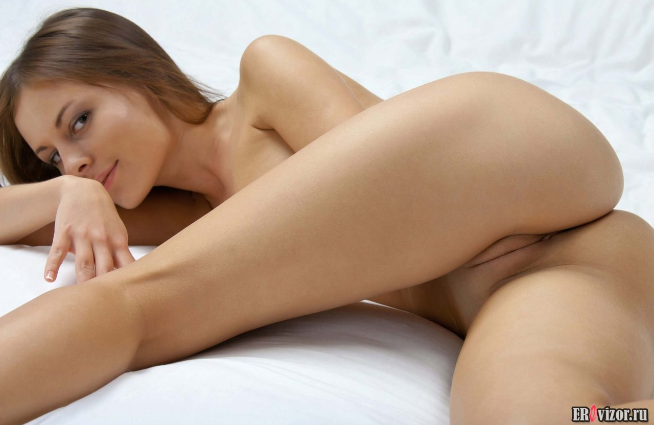 nice pusy naked beautiful girl (9)