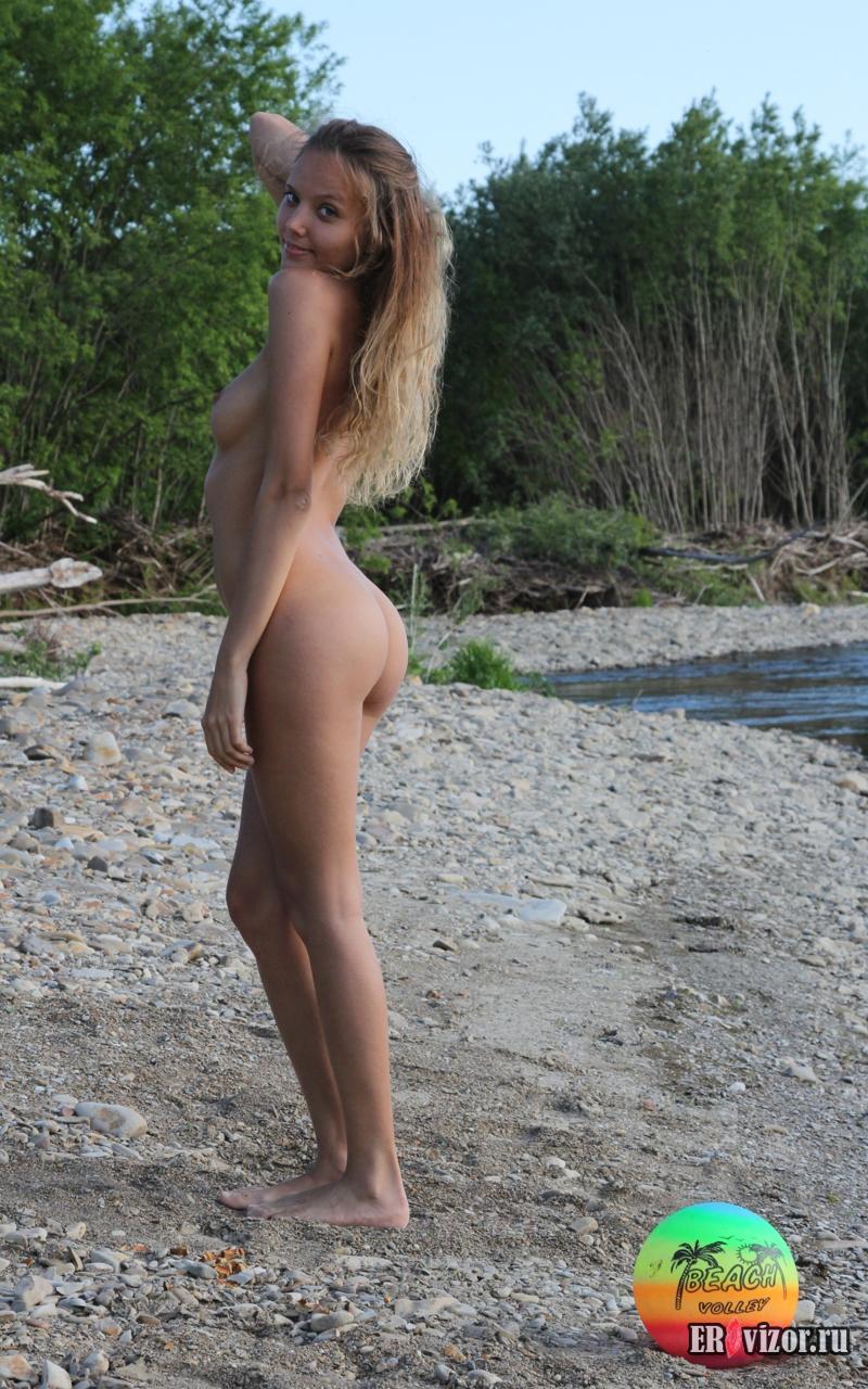 pikantnie foto golaja devushka (22)