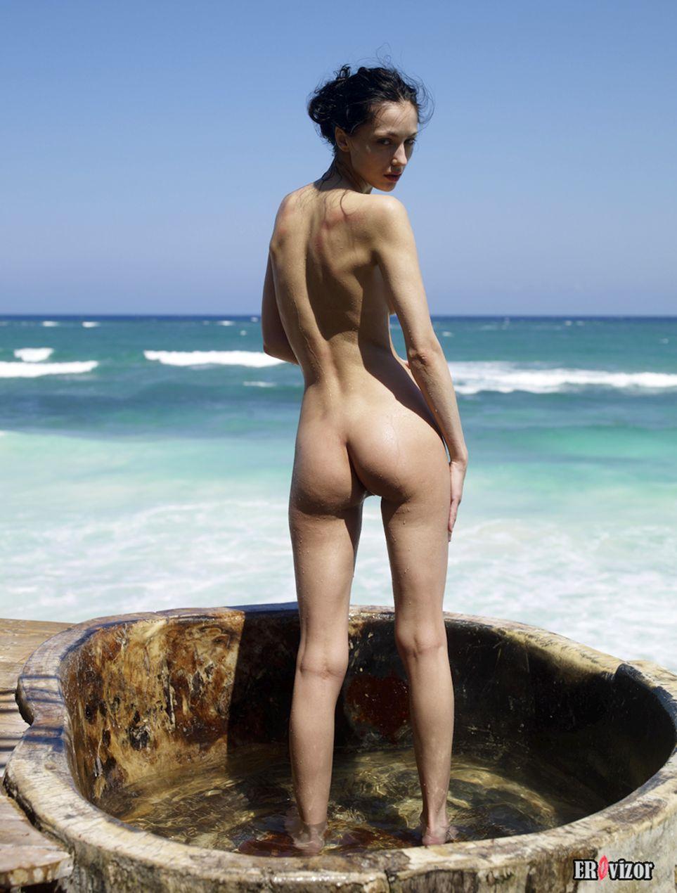Angelina-nu foto (9)