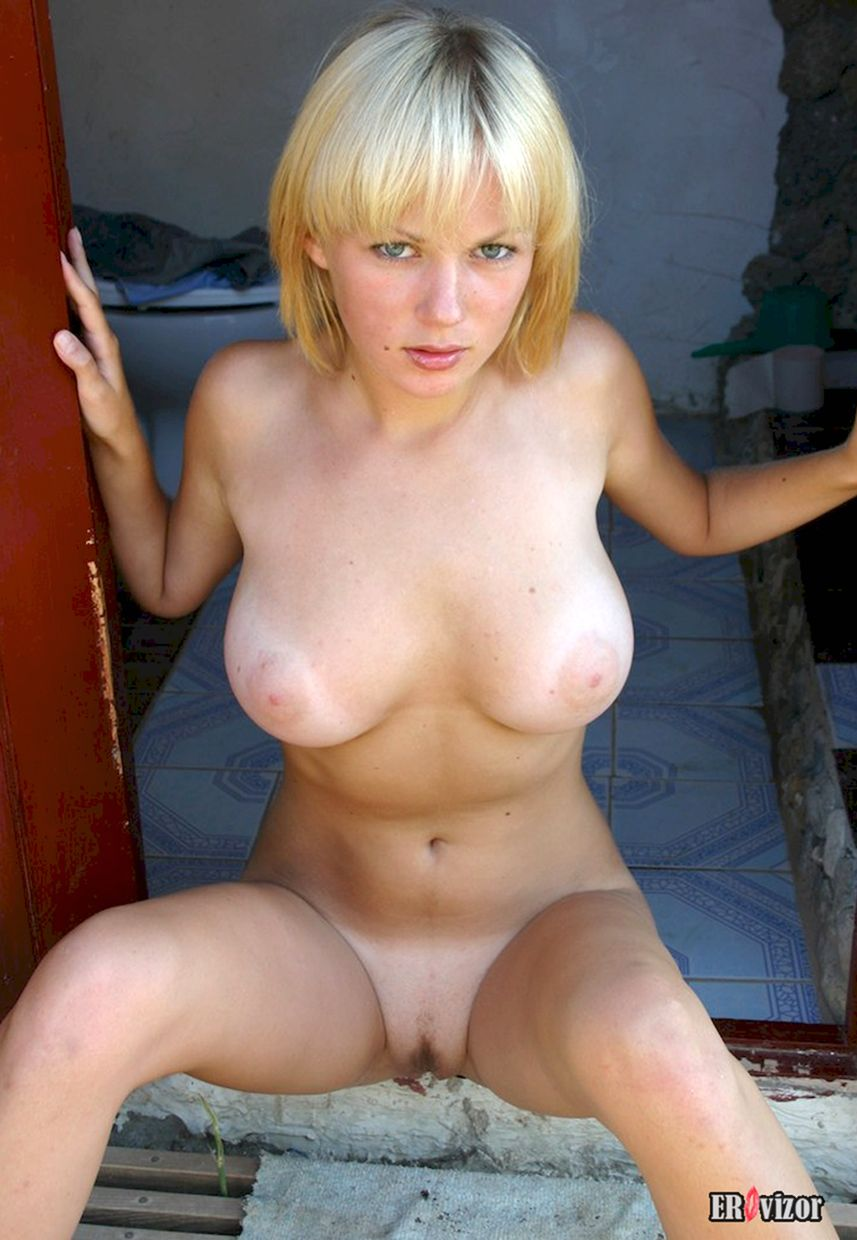 Busty-Teen-Blonde-Babe-Chantel-A-from (5)