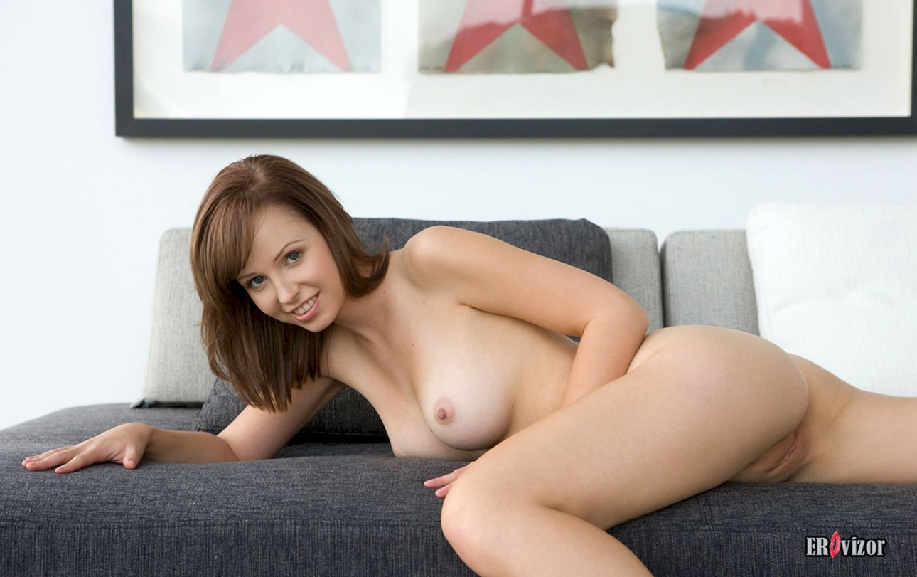 Shaved-Hayden-Winters-with-Perfect-Pussy-11