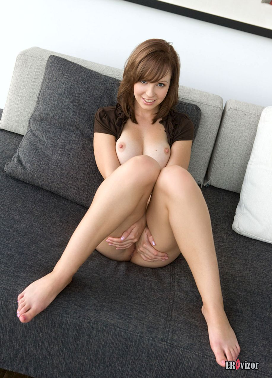 Shaved-Hayden-Winters-with-Perfect-Pussy-6