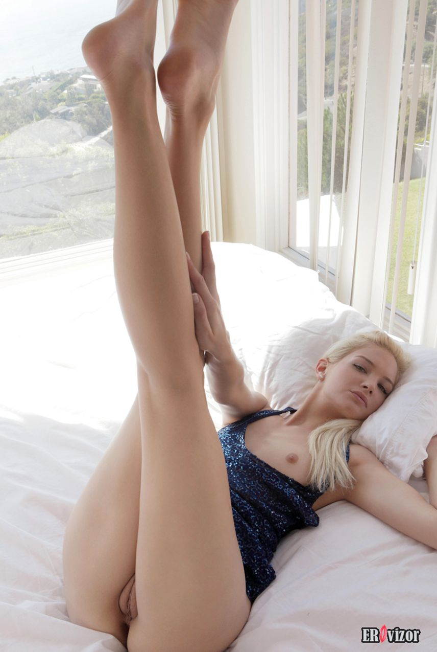 sexy blonde pussy (8)