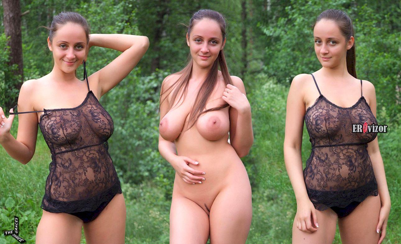 большие сиськи девушки на 3 фото