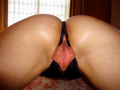 половые губы в раскрытом виде