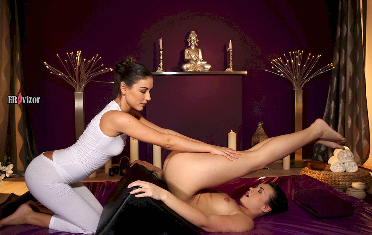 Чувственный лесби массаж