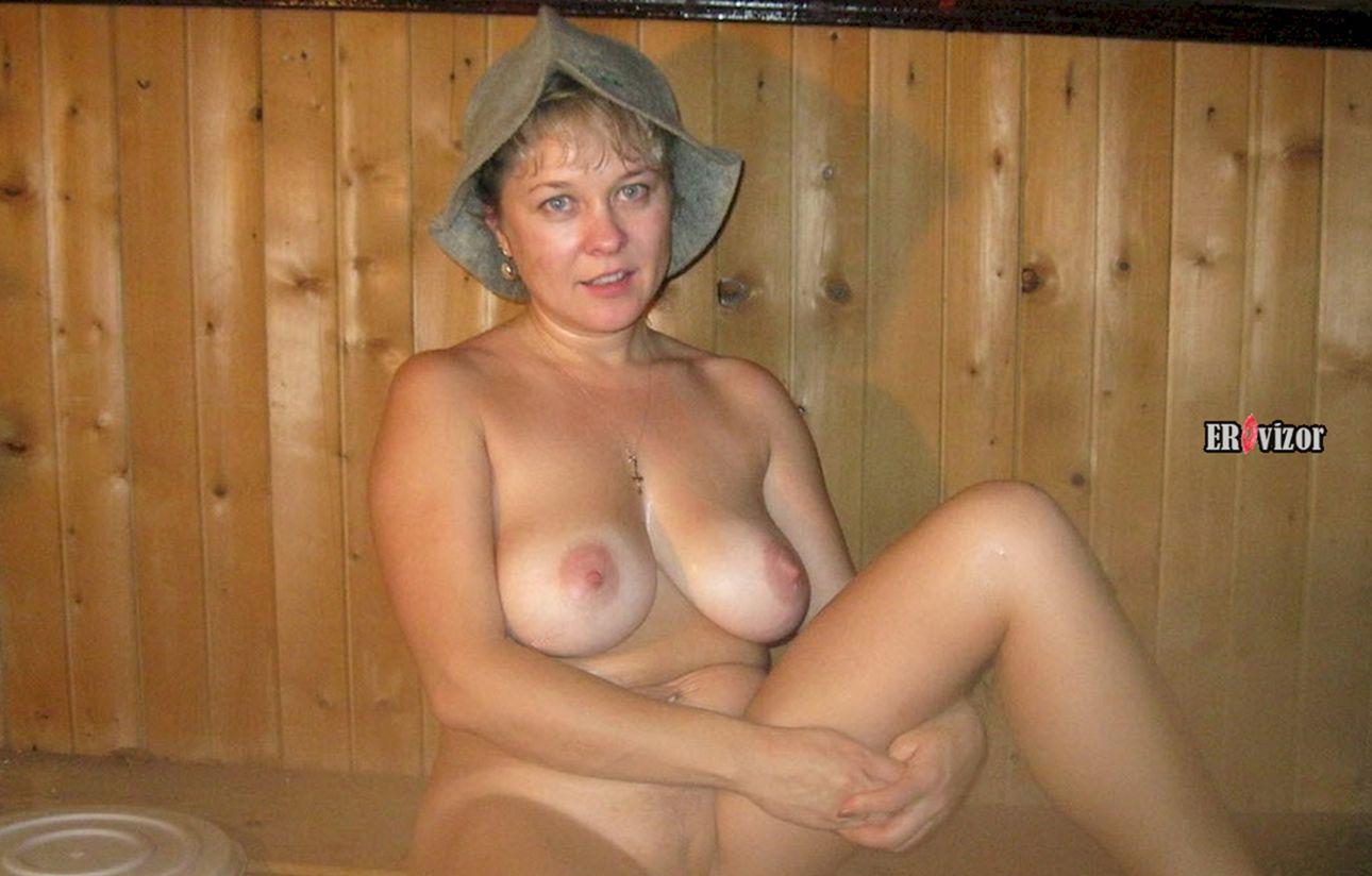 голая жена в бане