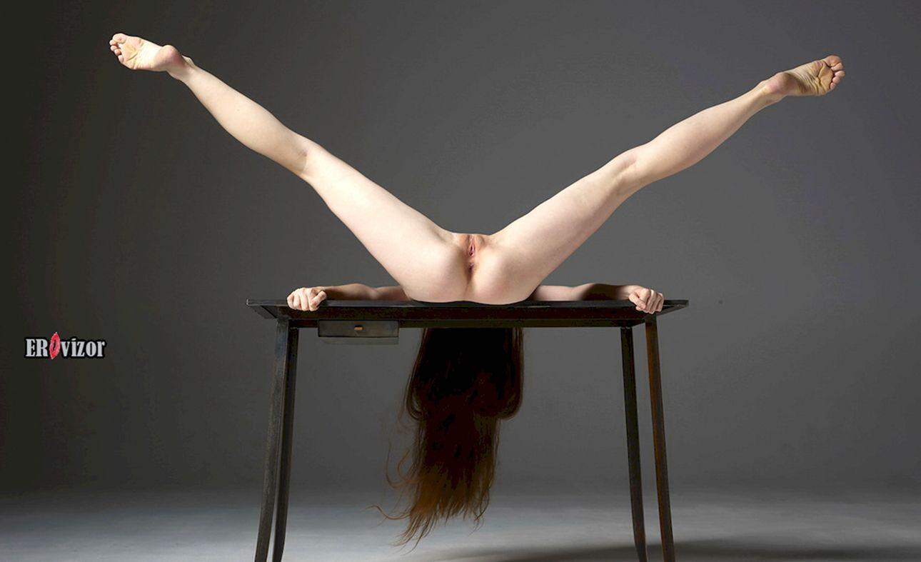 девушка раздвинули ноги
