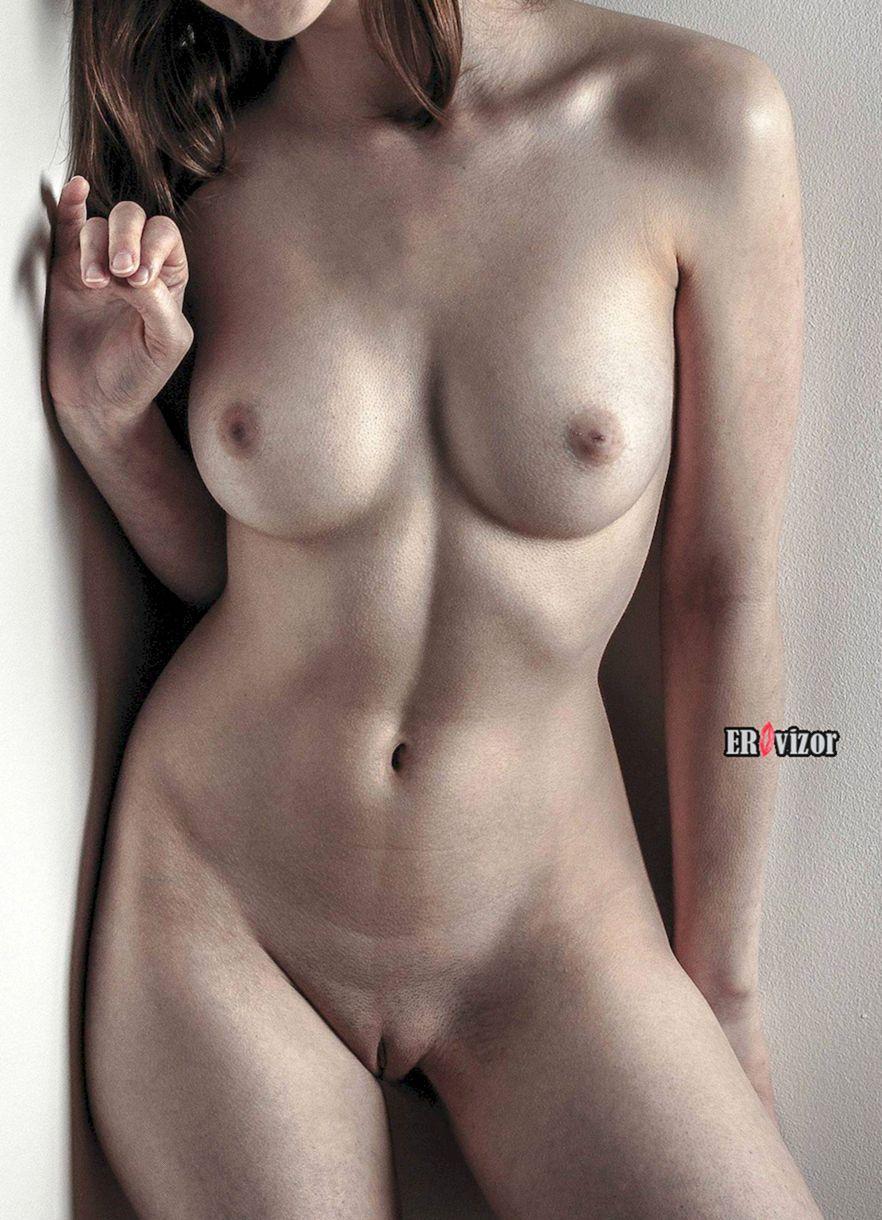 Красивые женские лобки и письки (68 фото)