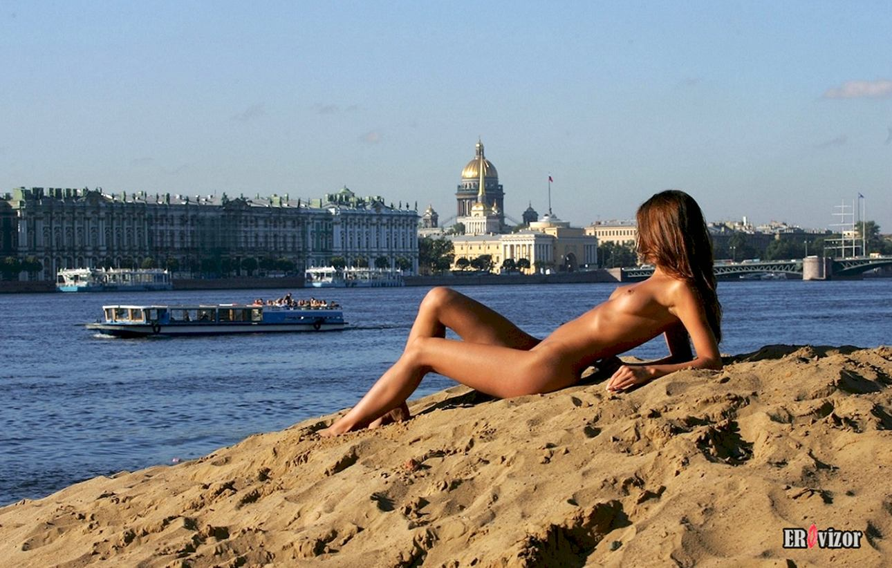 русская нудистка