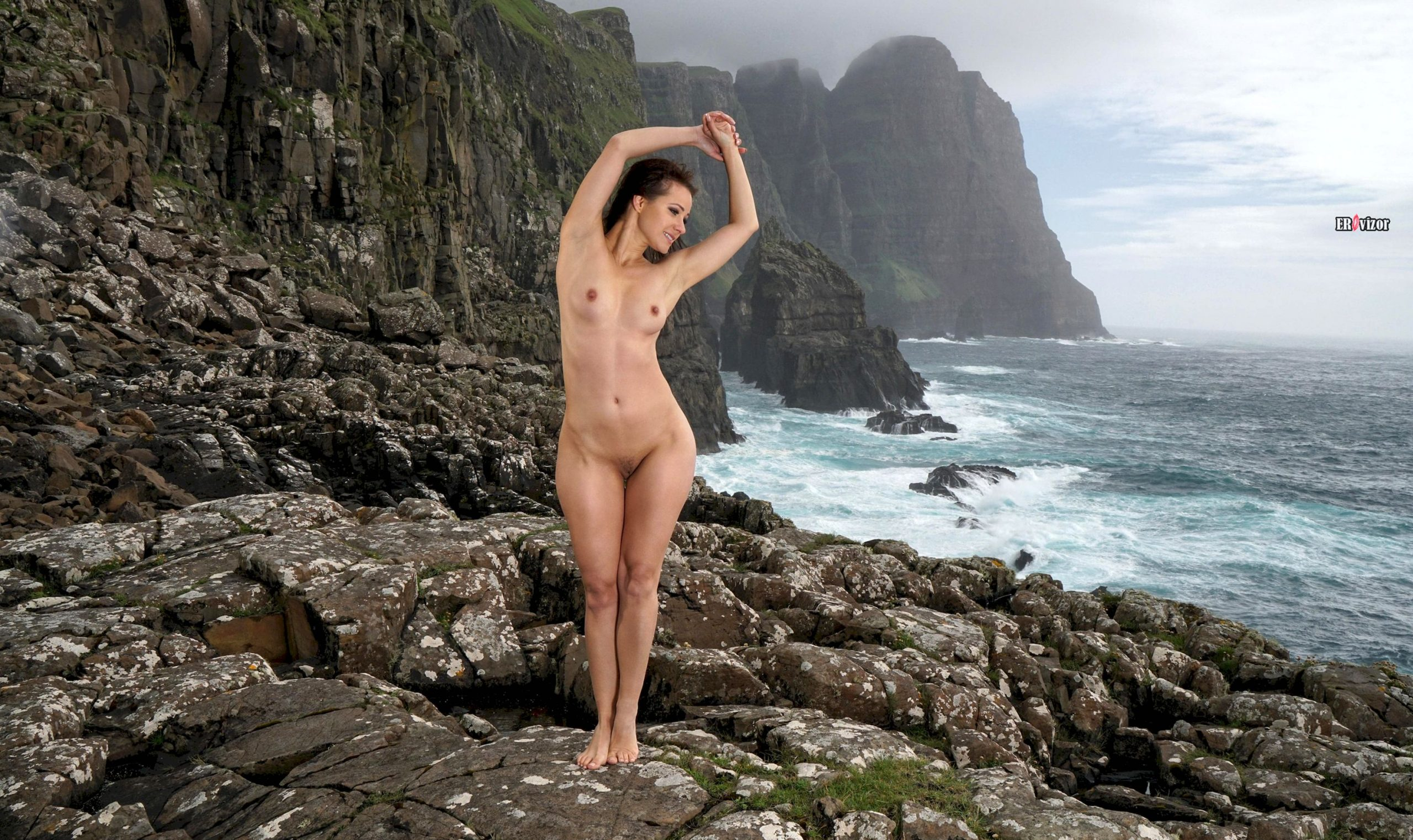 Melisa-Mendiny-with-Open-Pussy-19