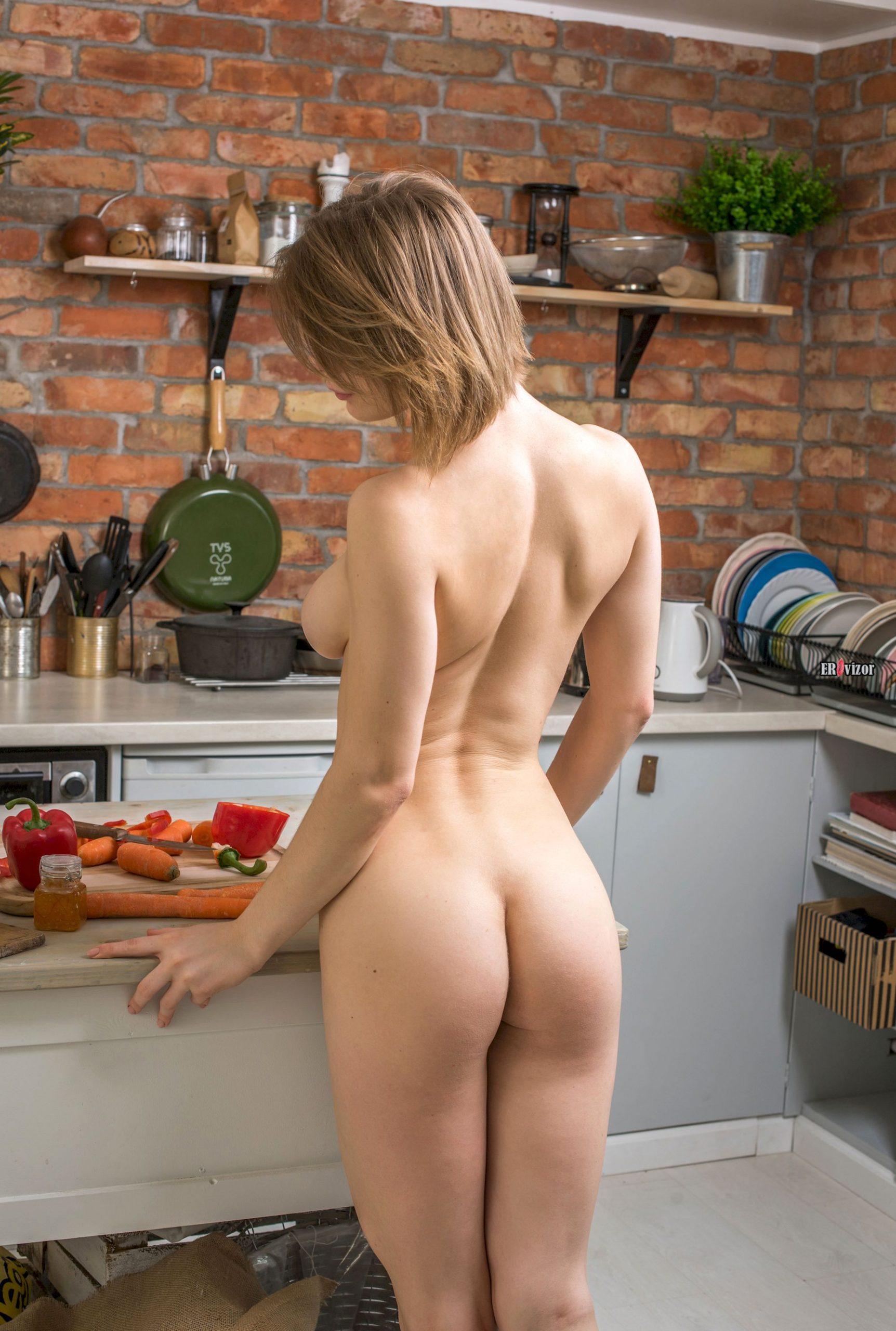 sexy Yelena erovizor (2)