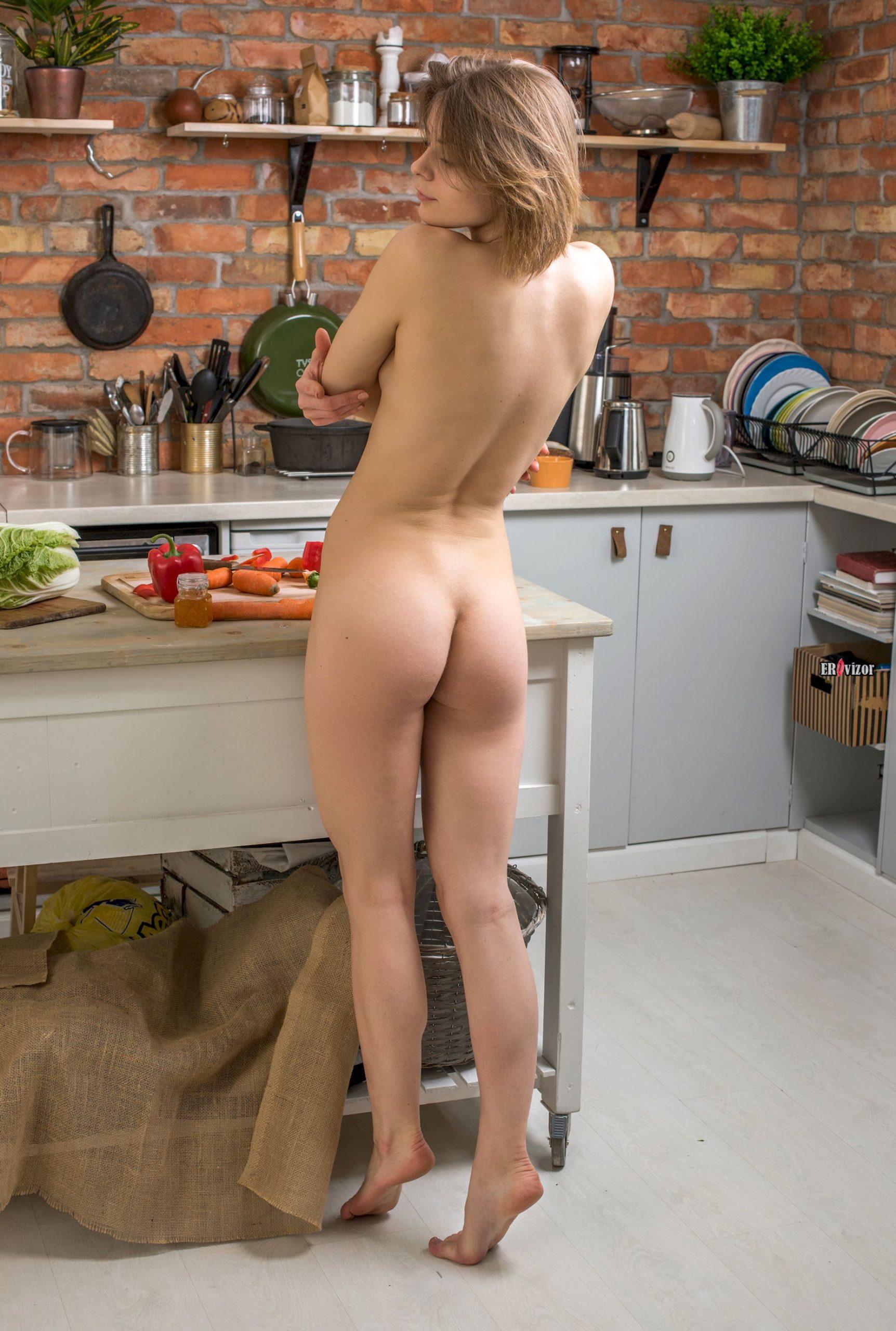 sexy Yelena erovizor (3)