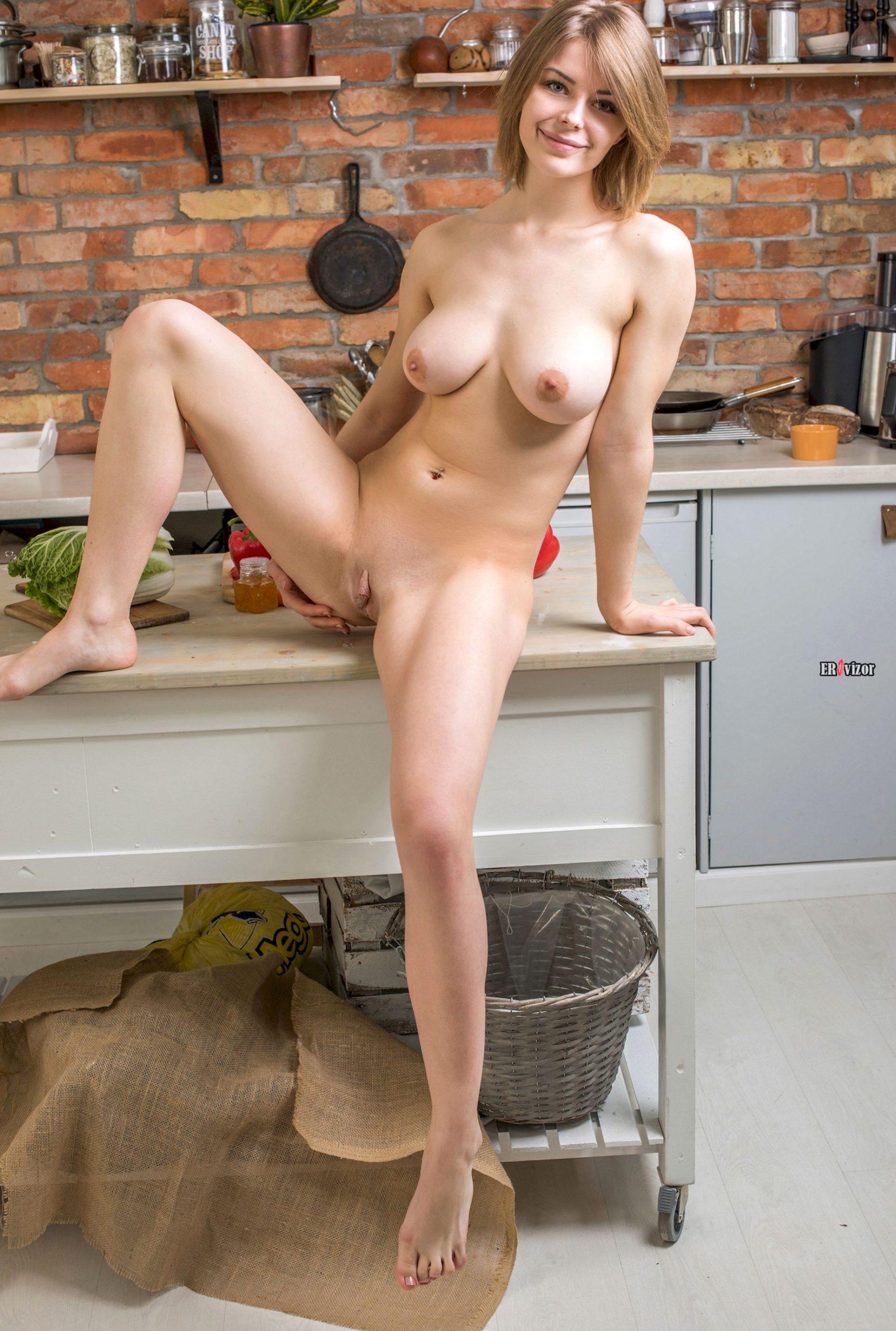 sexy Yelena erovizor (5)