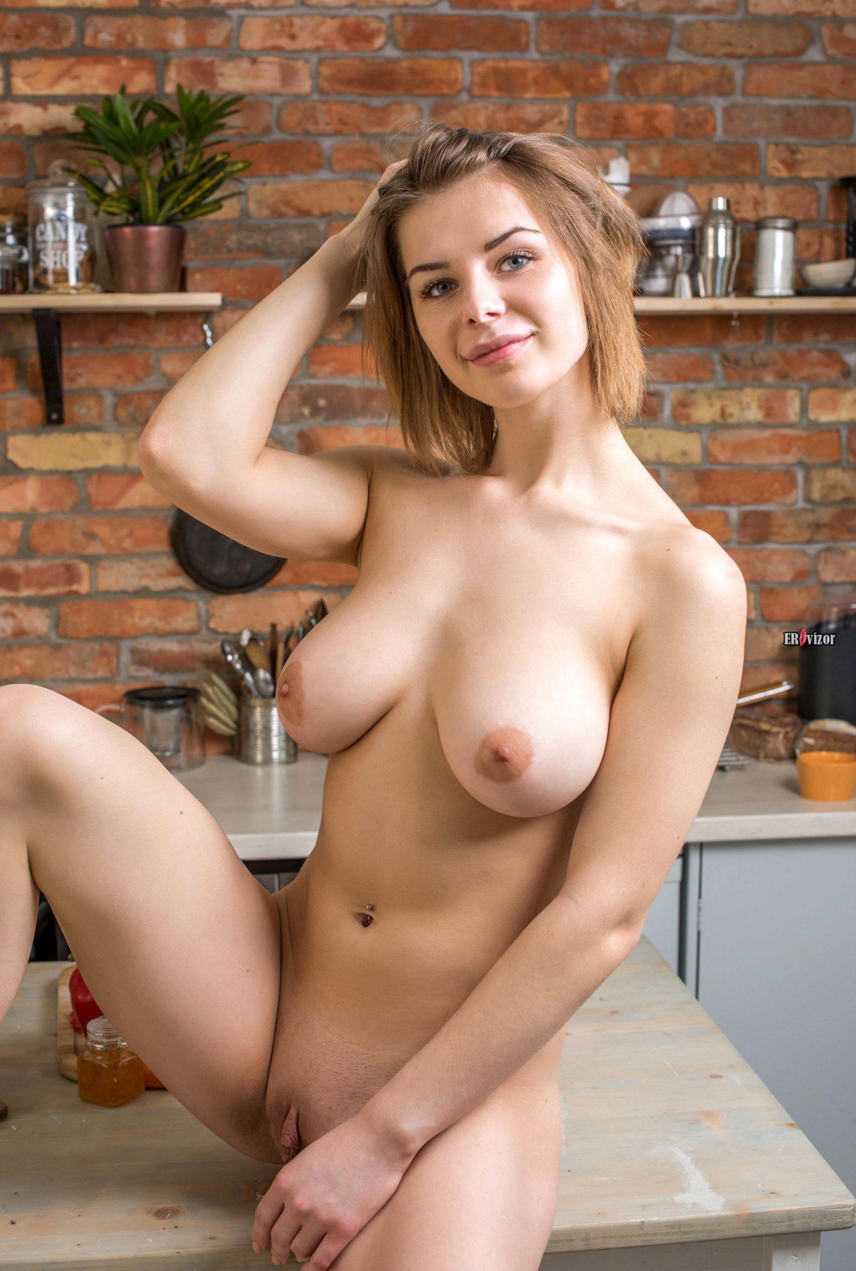 sexy Yelena erovizor (6)