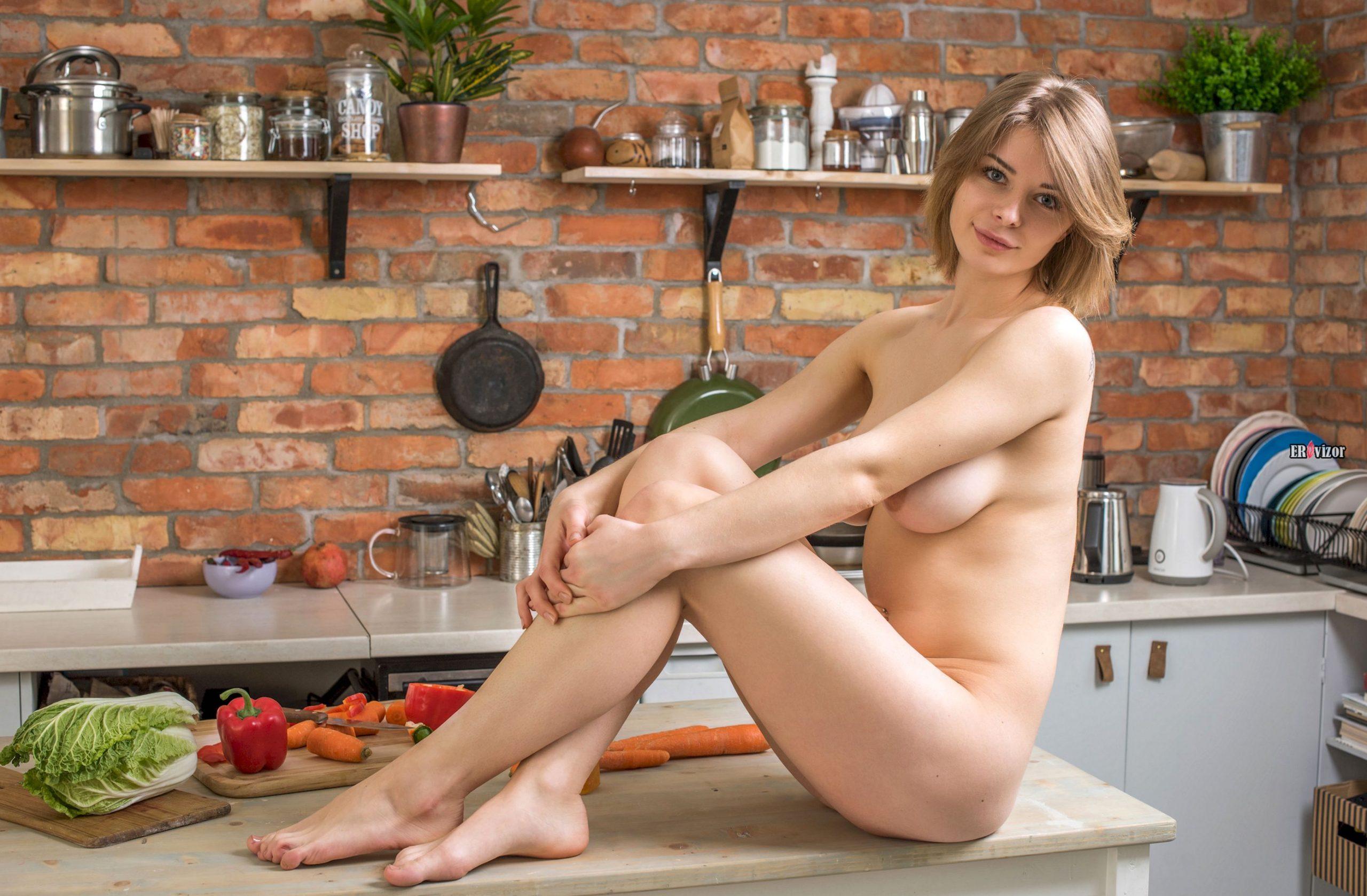 sexy Yelena erovizor (8)