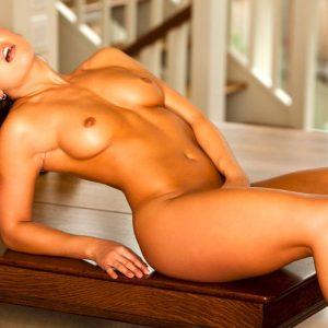 Mariela-Henderson-naked-erovizr (18)