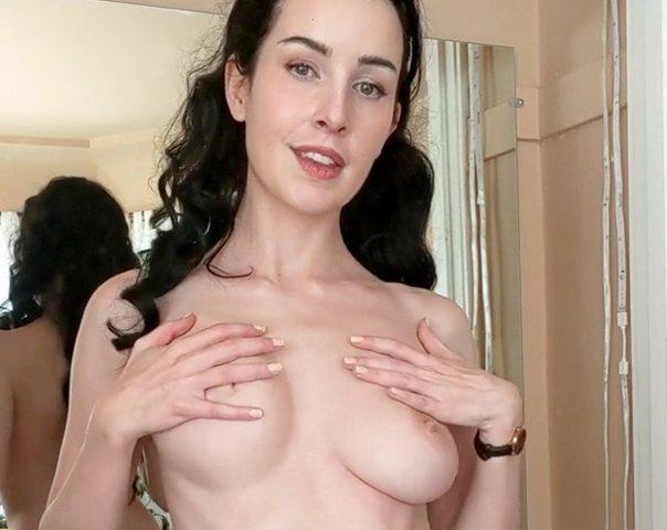 женщина с красивой фигурой голая