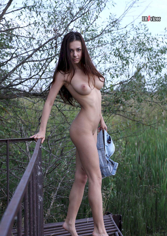 helga-boobs-erovizor (15)
