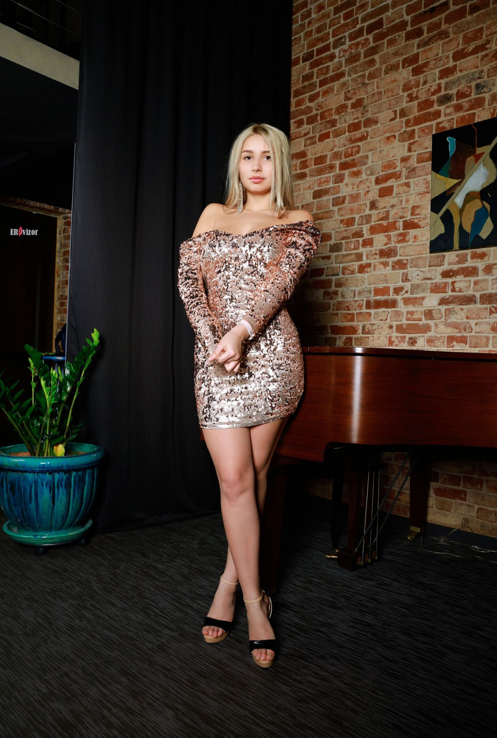 Soska-Candice-Lauren-klevaya_grud-erovizor (12)