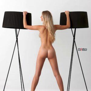 Blonde-Babe-Carisha-with-Big-Tits (12)
