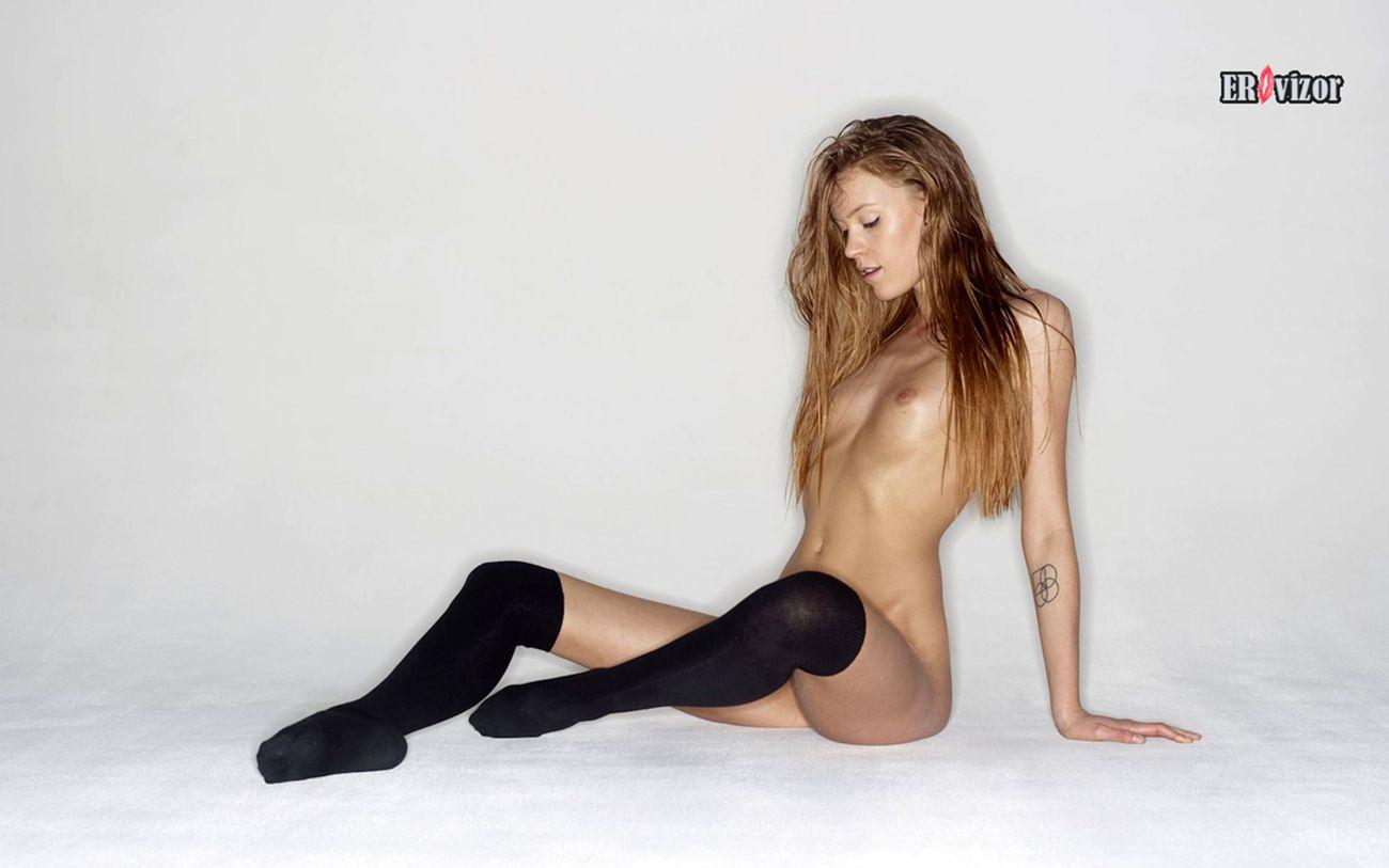 emma_stocking-naked (6)