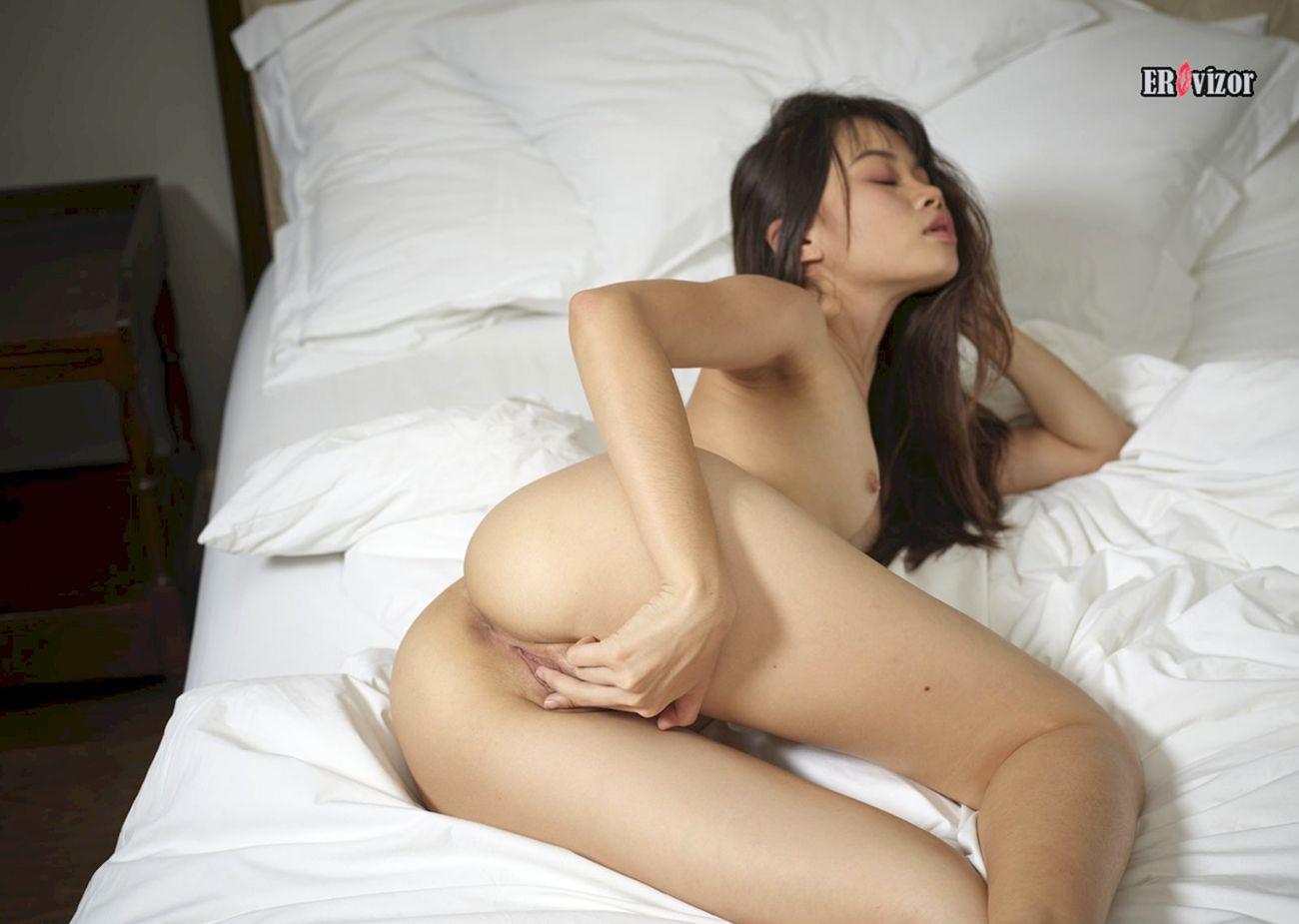 asian_girl_vagina (7)