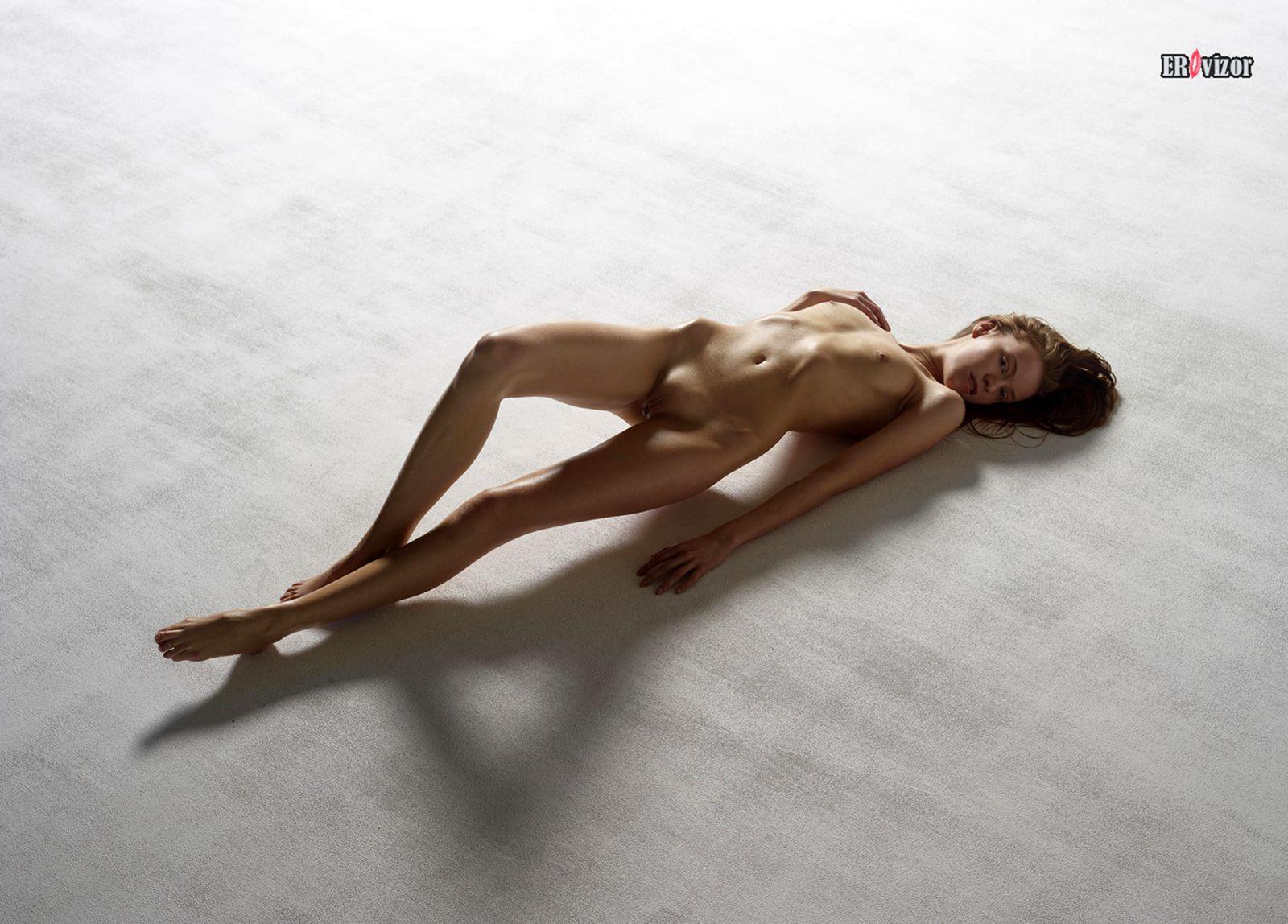 erotica_leja_na_polu (12)
