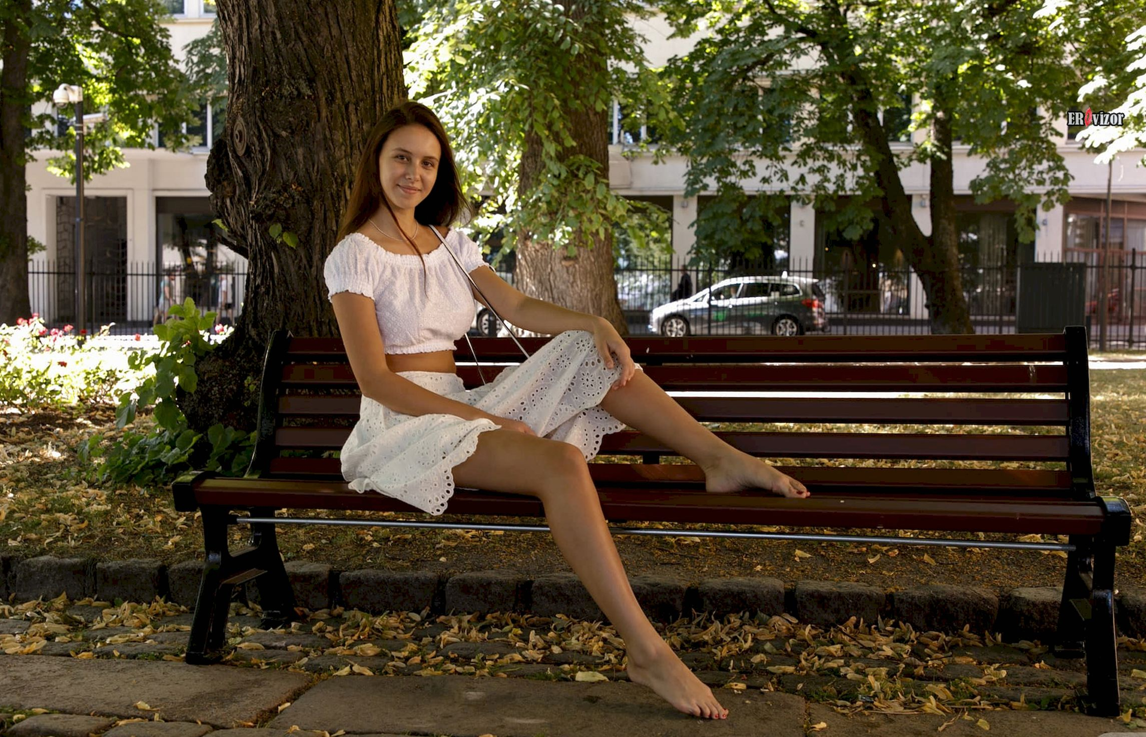 Jessica Albanka на скамье