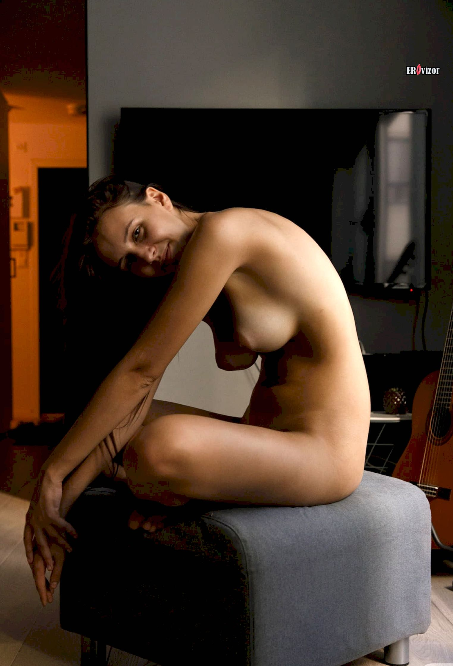 голая модель Jessica Albanka