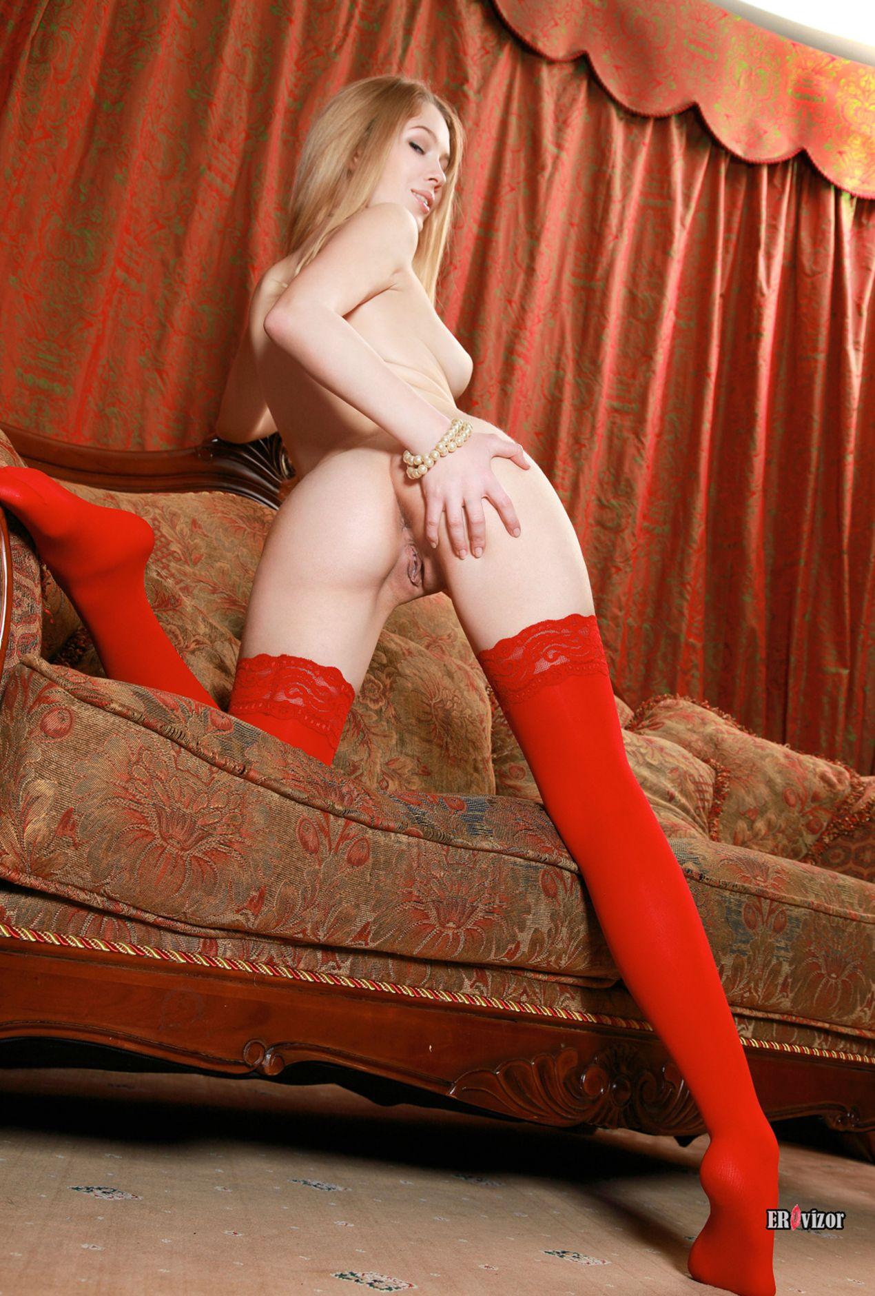 blonde_red (1)
