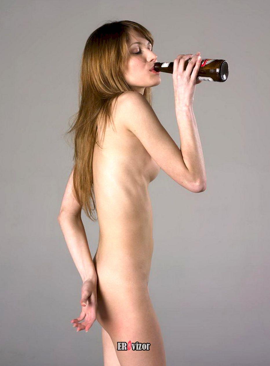 beer_naked women (1)