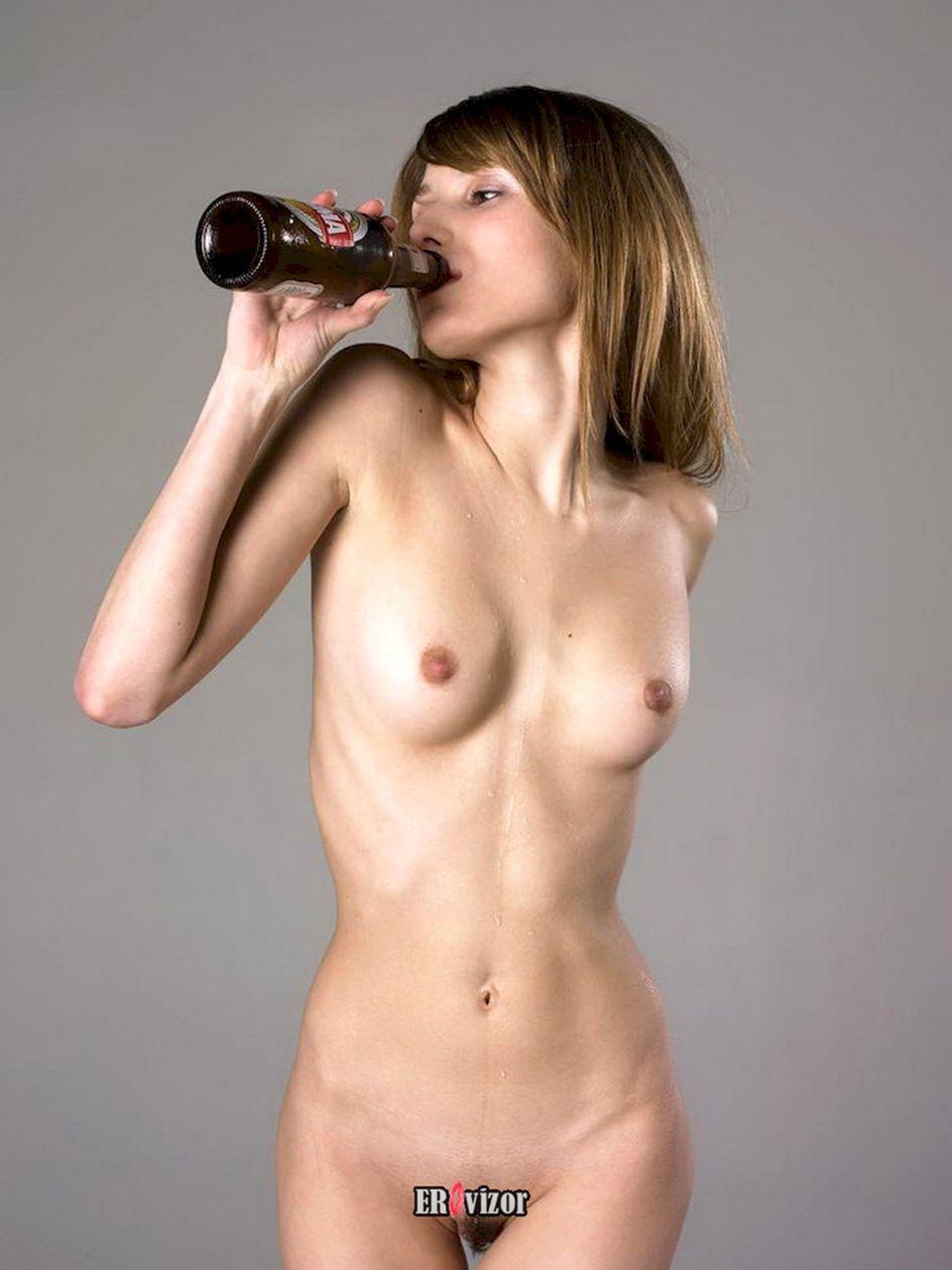beer_naked women (12)
