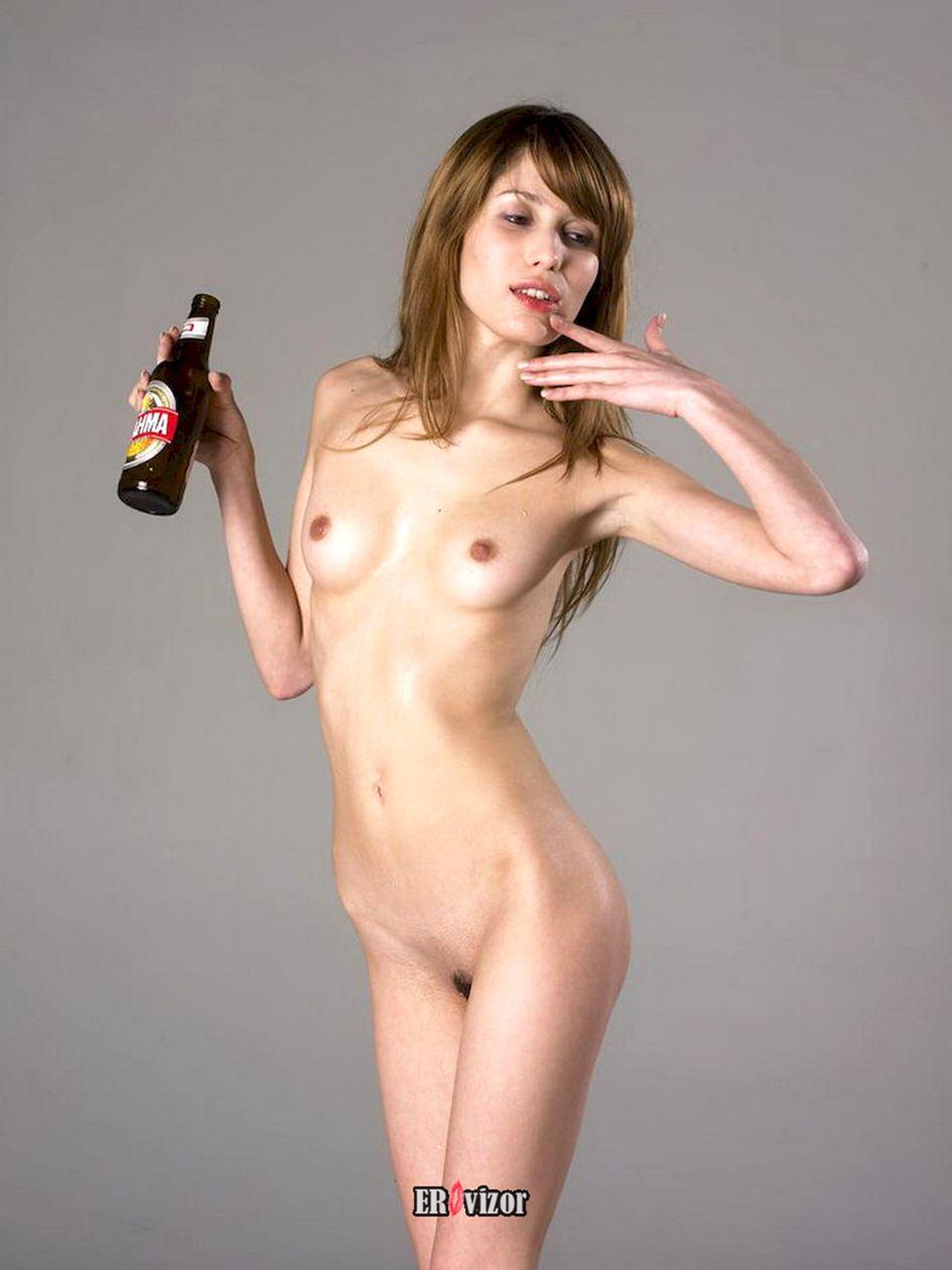 beer_naked women (2)