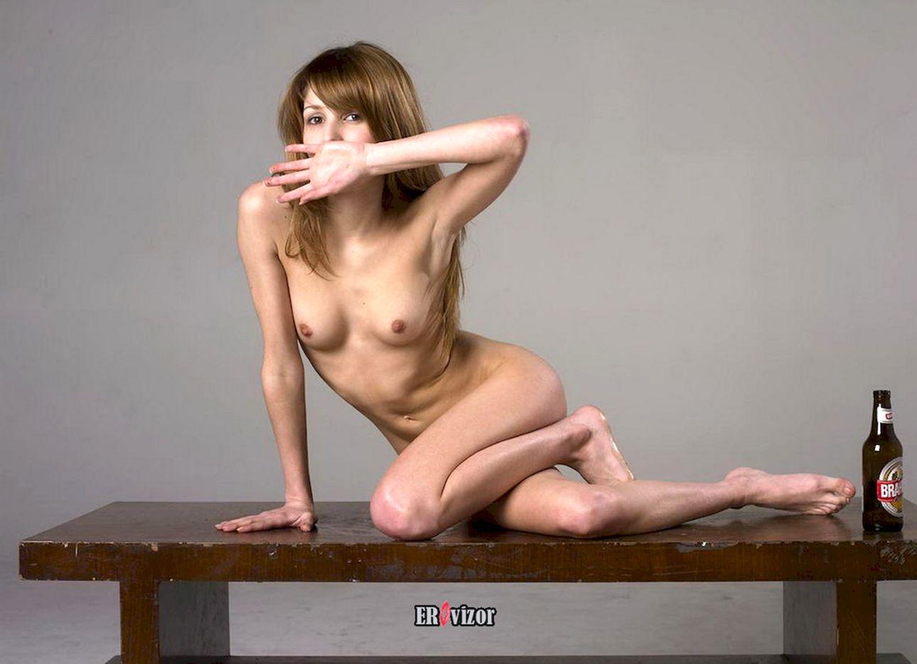 beer_naked women (4)