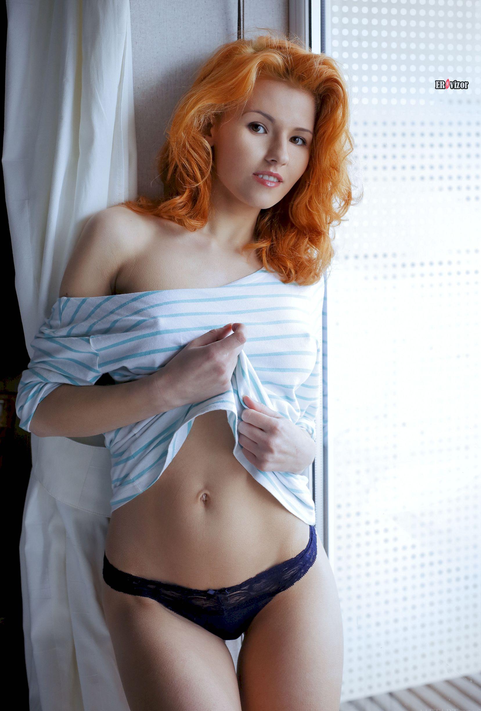 Redhead-model-Zarina-A (5)