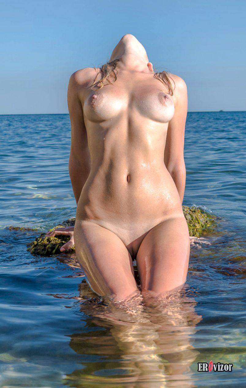 летний отдых на море голышом