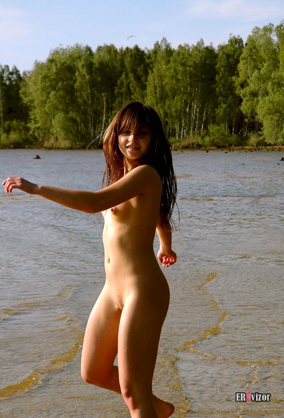 Shaved-Brunette-Valentina-with-Small-Tits-22