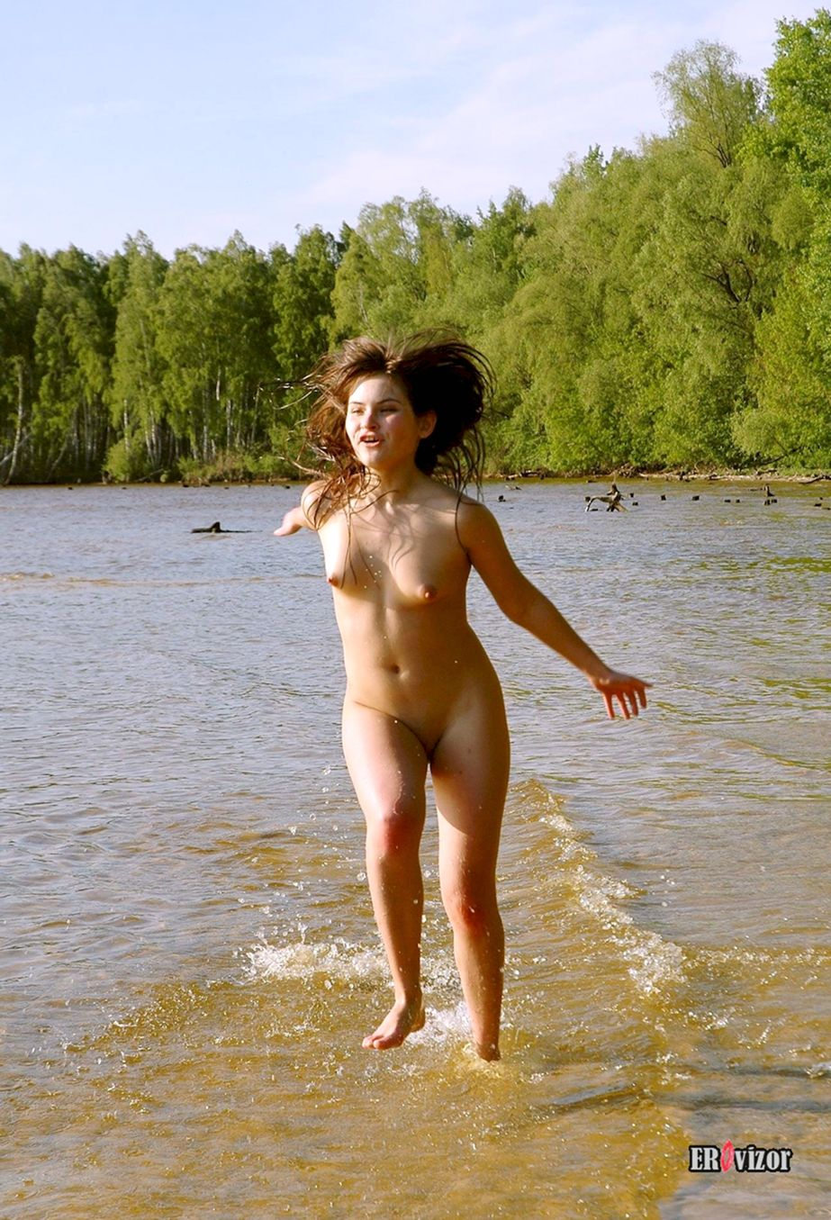 Shaved-Brunette-Valentina-with-Small-Tits-5